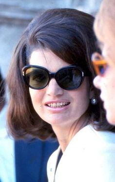 Jacqueline Onassis: pinterest.com